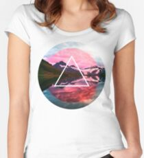 Wanderlust Lake Women's Fitted Scoop T-Shirt