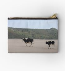 Cows Go On Holiday Too Studio Pouch