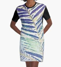 Tracy Porter / Poetic Wanderlust: Shiver Graphic T-Shirt Dress