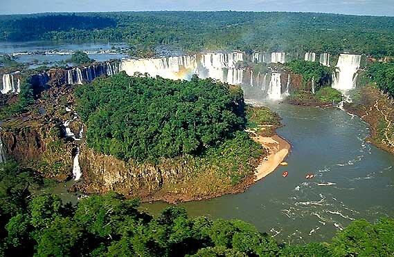 iguazu falls, Argentina by chord0