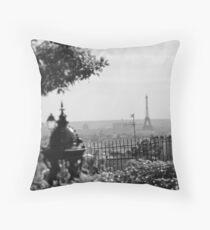 Paris, The Tour Eiffel Throw Pillow