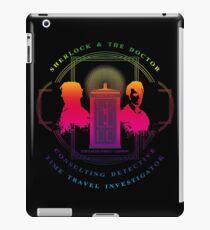 CONSULTING DETECTIVE & TIME TRAVEL INVESTIGATOR RAINBOW VERSION iPad Case/Skin