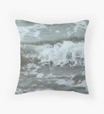 Washing wave Throw Pillow