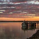 Dawn at Karumba by Greta van der Rol