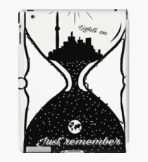 Lights on - never be alone iPad Case/Skin