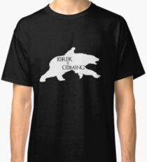Iorek is coming Classic T-Shirt