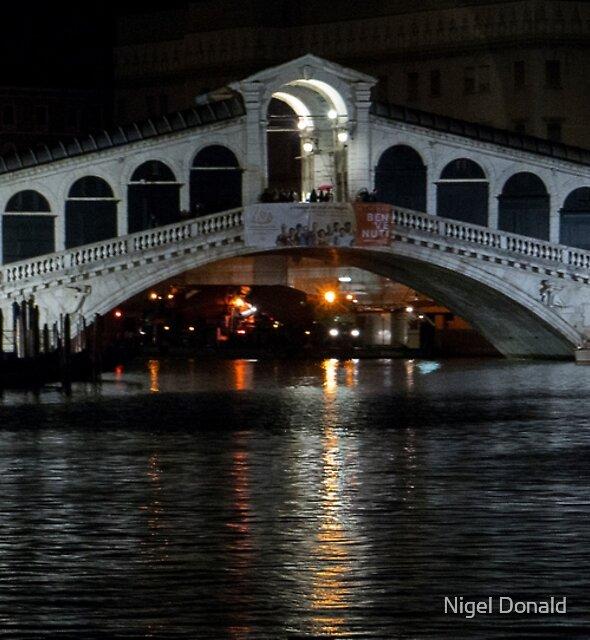 Rialto Bridge, Venice, Italy by Nigel Donald