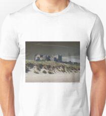Bamburgh Castle & Sand Dunes ( Black 2 ) T-Shirt