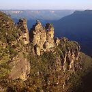 The Three Sisters Echo Point Katoomba by Brett Thompson