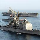 USS Antietam, USS Nimitz und USS Higgins durchqueren den Golf von Oman. von StocktrekImages