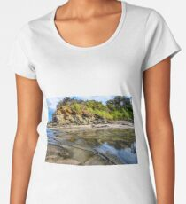 Coastal scenery Apollo Bay Women's Premium T-Shirt