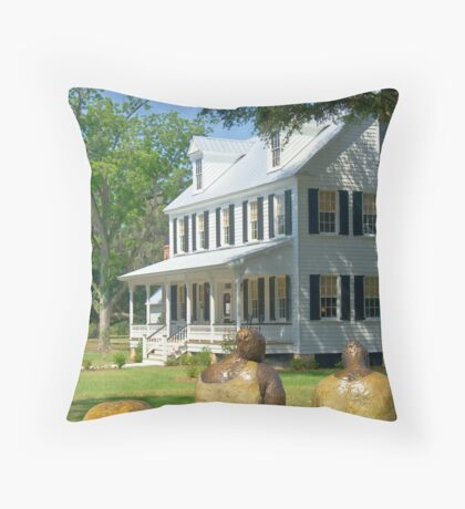 On the Plantation Throw Pillow