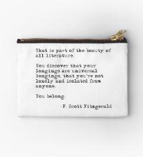 Die Schönheit aller Literatur - F Scott Fitzgerald Studio Clutch