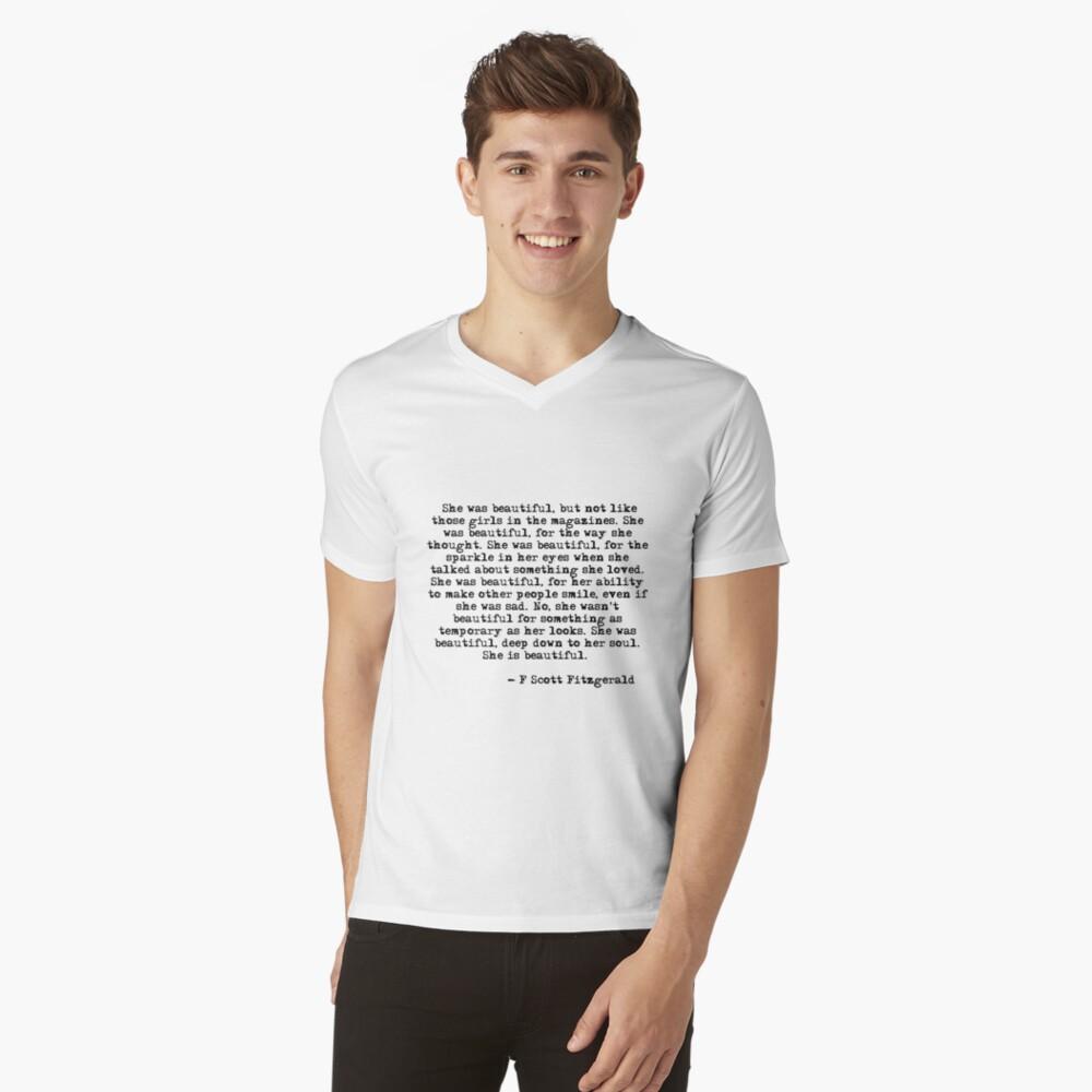 Sie war wunderschön - F Scott Fitzgerald T-Shirt mit V-Ausschnitt