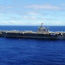 Der Flugzeugträger USS Abraham Lincoln überquert den Pazifik. von StocktrekImages