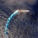 USS Green Bay durchquert den Indischen Ozean. von StocktrekImages