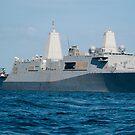 Das amphibische Transportdockschiff USS New Orleans. von StocktrekImages