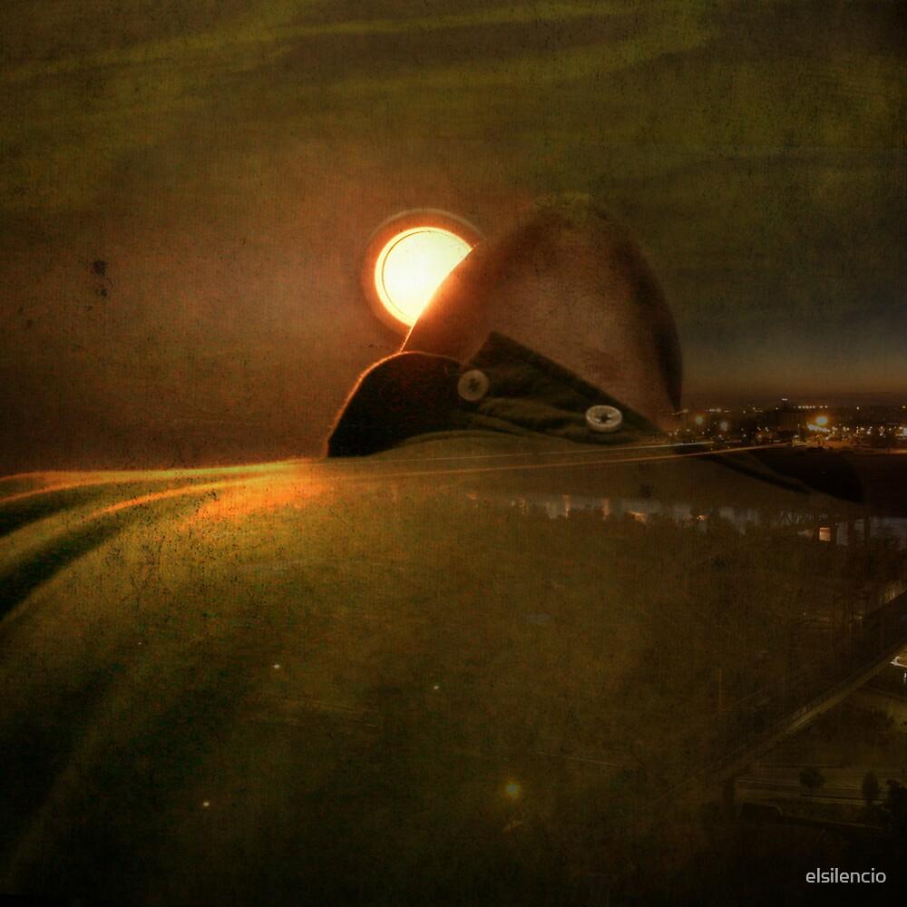 waning moon by elsilencio