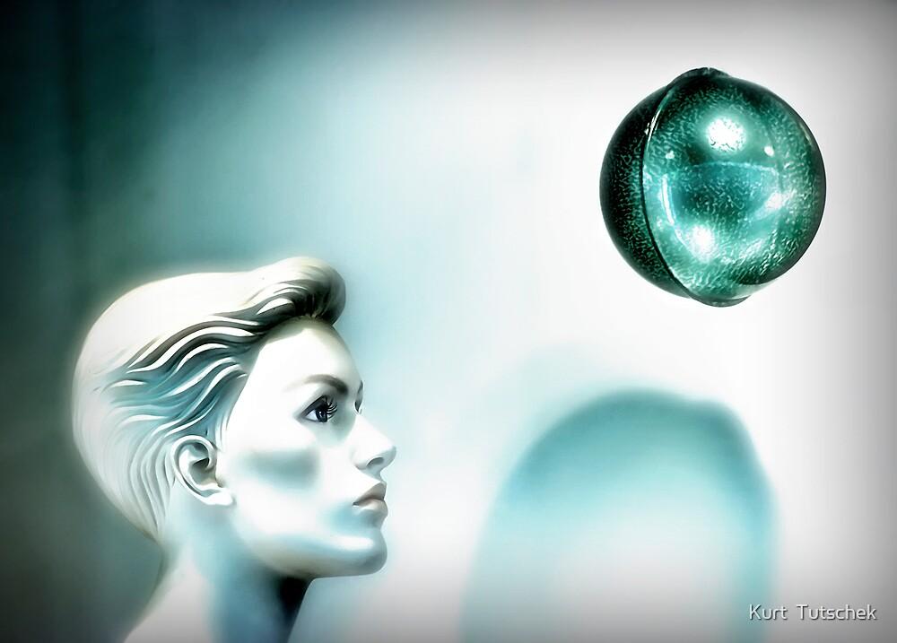 Sphere by Kurt  Tutschek