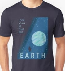 EARTH Space Tourism Travel Poster T-Shirt