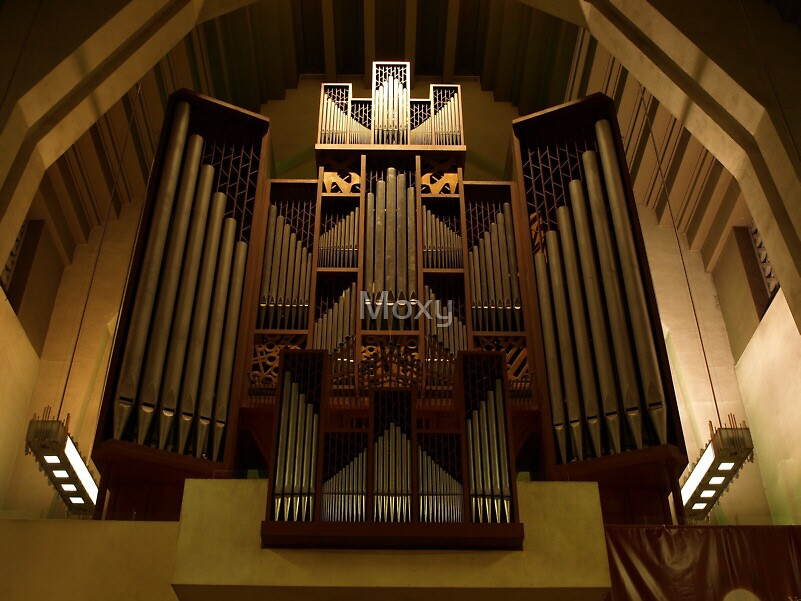 The Pipe Organ at St. Joseph's Oratory by Moxy