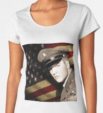 Elvis Presley in the army Women's Premium T-Shirt