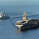 USS Abraham Lincoln und Zerstörer Forbin der französischen Marine. von StocktrekImages