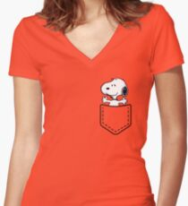 Pocket Snoopy Dog Women's Fitted V-Neck T-Shirt