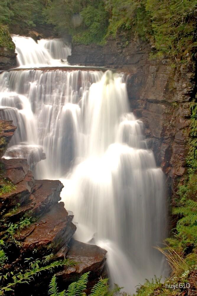 waterfall by hwjc610