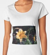 Yellow lily flower head Women's Premium T-Shirt