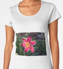 Red lily flower head Women's Premium T-Shirt