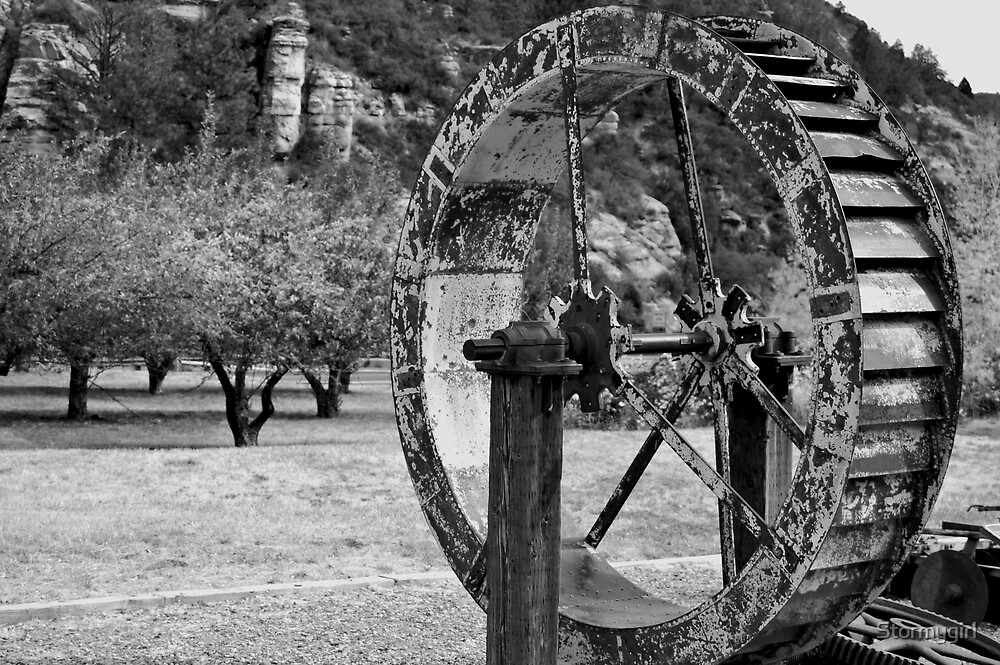 Old Water Wheel by Stormygirl