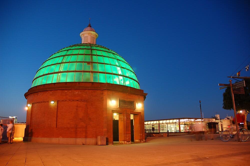 Glow Dome by Simon Gottschalk