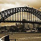 Sydney Harbour Bridge im Sepia von Evita