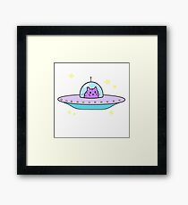 ufc (unidentified flying cat) Framed Print