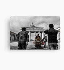 Brandenburg Gate, Street music in berlin Canvas Print