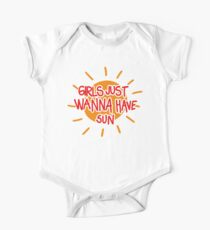 Girls just wanna have sun (red) One Piece - Short Sleeve