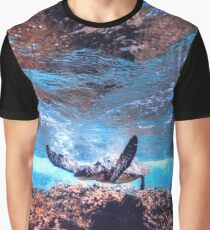 turtle - water - sun - color Graphic T-Shirt