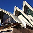 Sydney Opera House 2 by Hannah Larsson