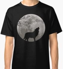 Howling Wolf Classic T-Shirt