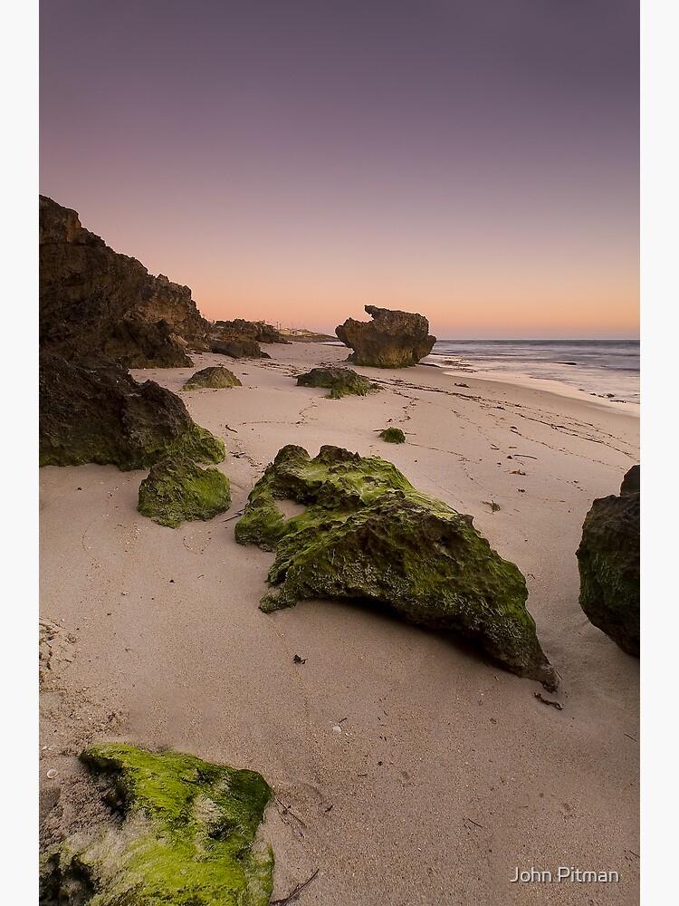 Seaweed rocks by johnjrp