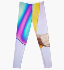 Drifting In Colors That Don't Exist Leggings
