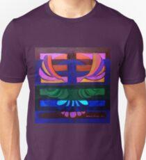 Hexagram 11: T'ai (Peace) T-Shirt