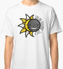 Solar Eclipse 2017 Shirt  - August 21, 2017 - Minimal Colors Classic T-Shirt