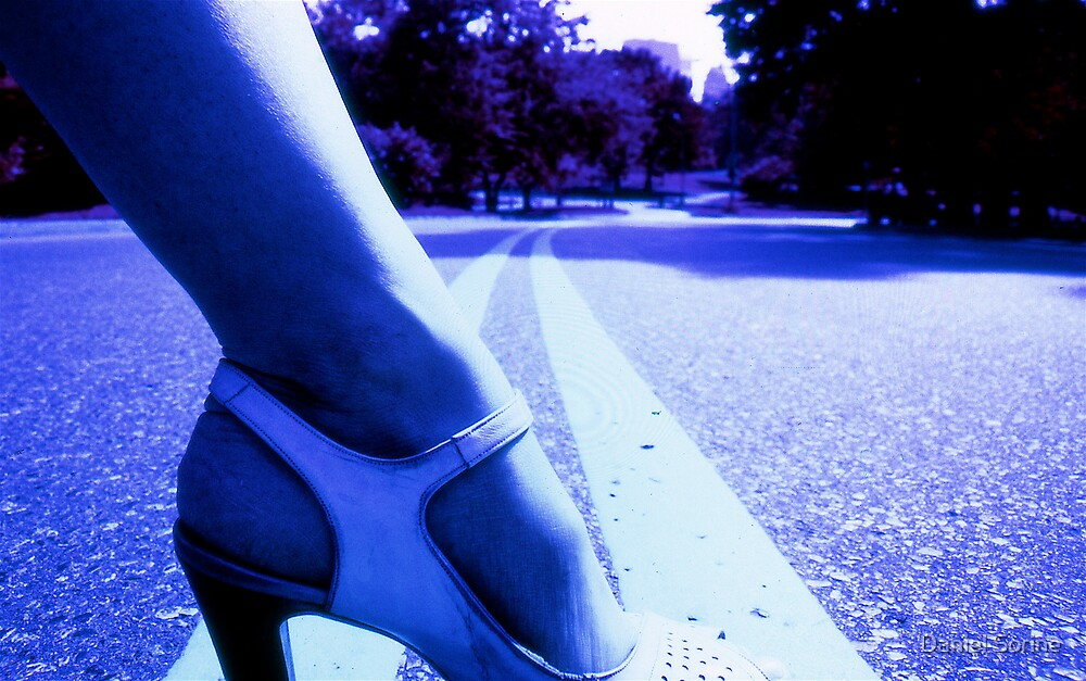 Infrared picture of foot and shoe by Daniel Sorine