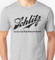 Schlitz  - The beer that Made Milwaukee Famous Unisex T-Shirt