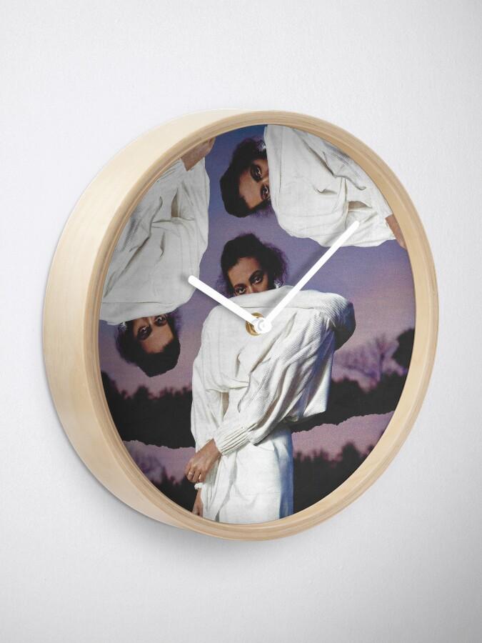 Alternative Ansicht von SOLANGE Uhr