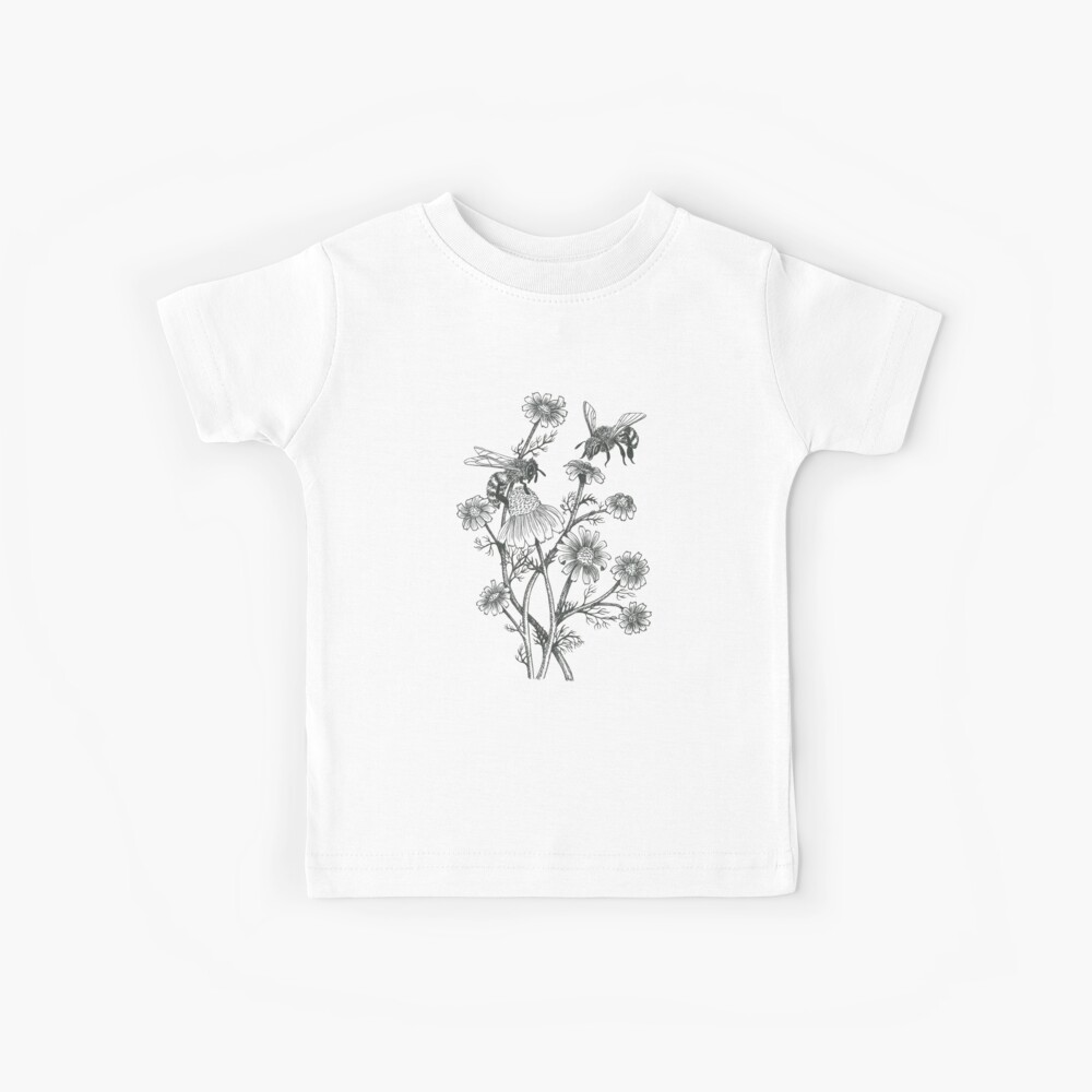 bees and chamomile on honey background  Kids T-Shirt