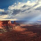 Sunbeams into Canyonlands National Park by Roupen  Baker