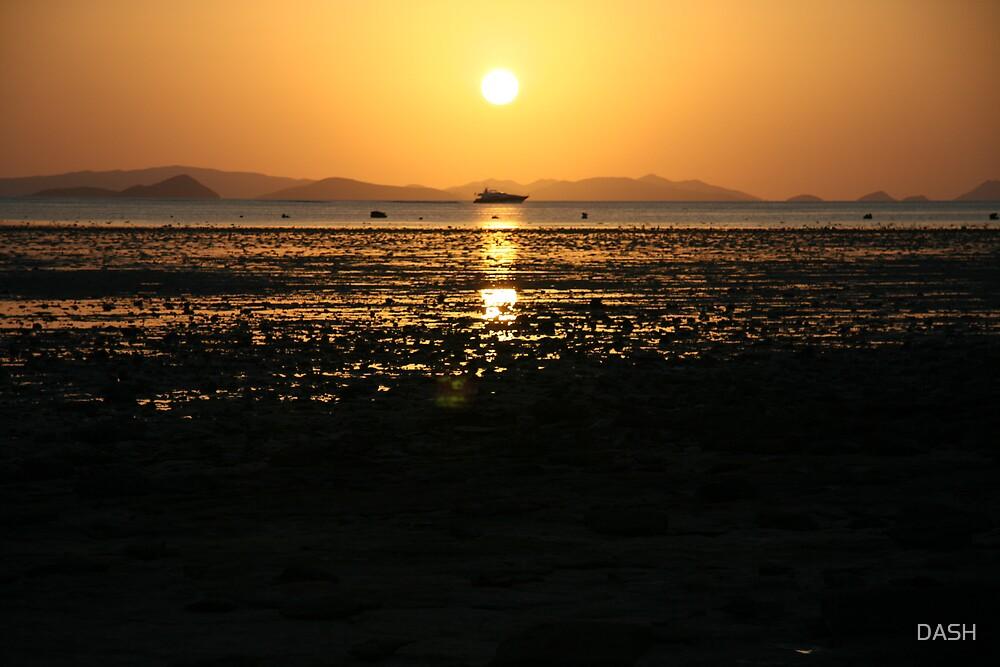 Sunset Whitsunday Islands  by DASH